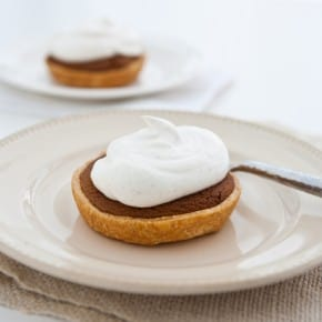 Mini Gingerbread Cookie Pies with Spiced Cream 6